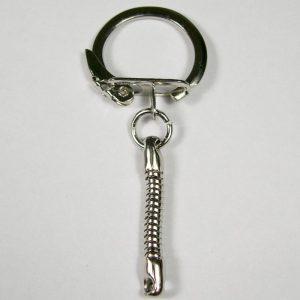 Afgeplatte sleutelring met klem sluiting 23 mm met korte snake ketting
